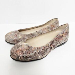 SAS Scenic Ballet Flat Shoes Size 8.5 WW